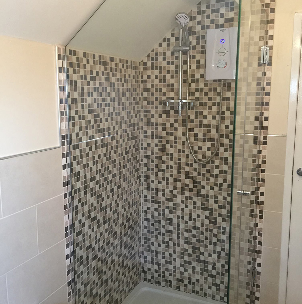 Custom Glass Shower Screens